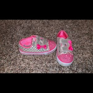 Size 9 Toddler sketchers twinkle toes.